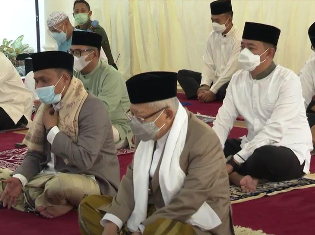 Wapres Salat Idul Adha di Rumah Dinas, Potong Hewan Kurban di RPH