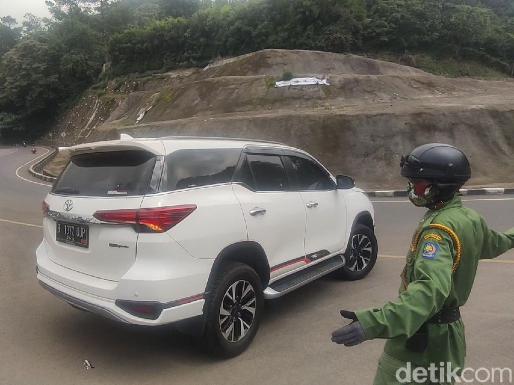 Tak Punya Surat Bebas COVID-19, Wisatawan Jakarta Dilarang ke Cianjur