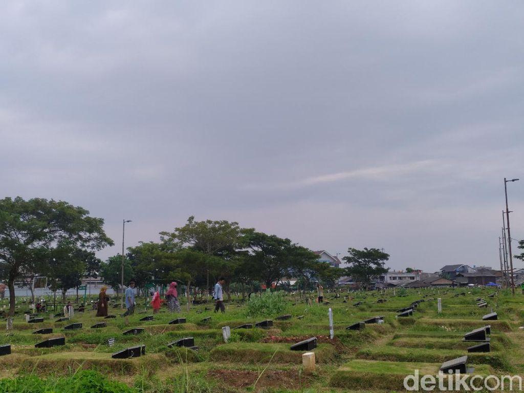 TPU Tegal Alur Penuh, Pemakaman Jenazah Dialihkan ke Rorotan