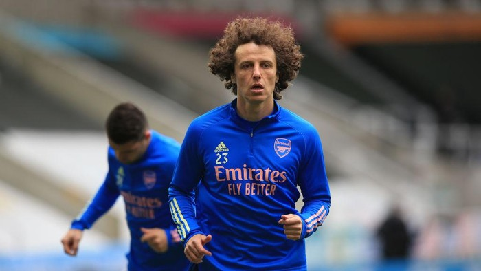 NEWCASTLE UPON TYNE, ENGLAND - MAY 02: David Luiz of Arsenal looks on prior to the Premier League match between Newcastle United and Arsenal at St. James Park on May 02, 2021 in Newcastle upon Tyne, England. Sporting stadiums around the UK remain under strict restrictions due to the Coronavirus Pandemic as Government social distancing laws prohibit fans inside venues resulting in games being played behind closed doors. (Photo by Lindsey Parnaby - Pool/Getty Images)