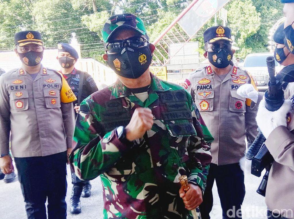 2 Jenderal Pantau Penyekatan di Perbatasan Sumut-Riau