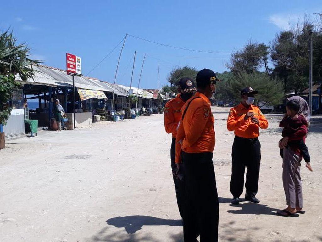 Ngeyel Banget! Diingatkan Pakai Masker, Wisatawan di Pantai Gunungkidul Cuek