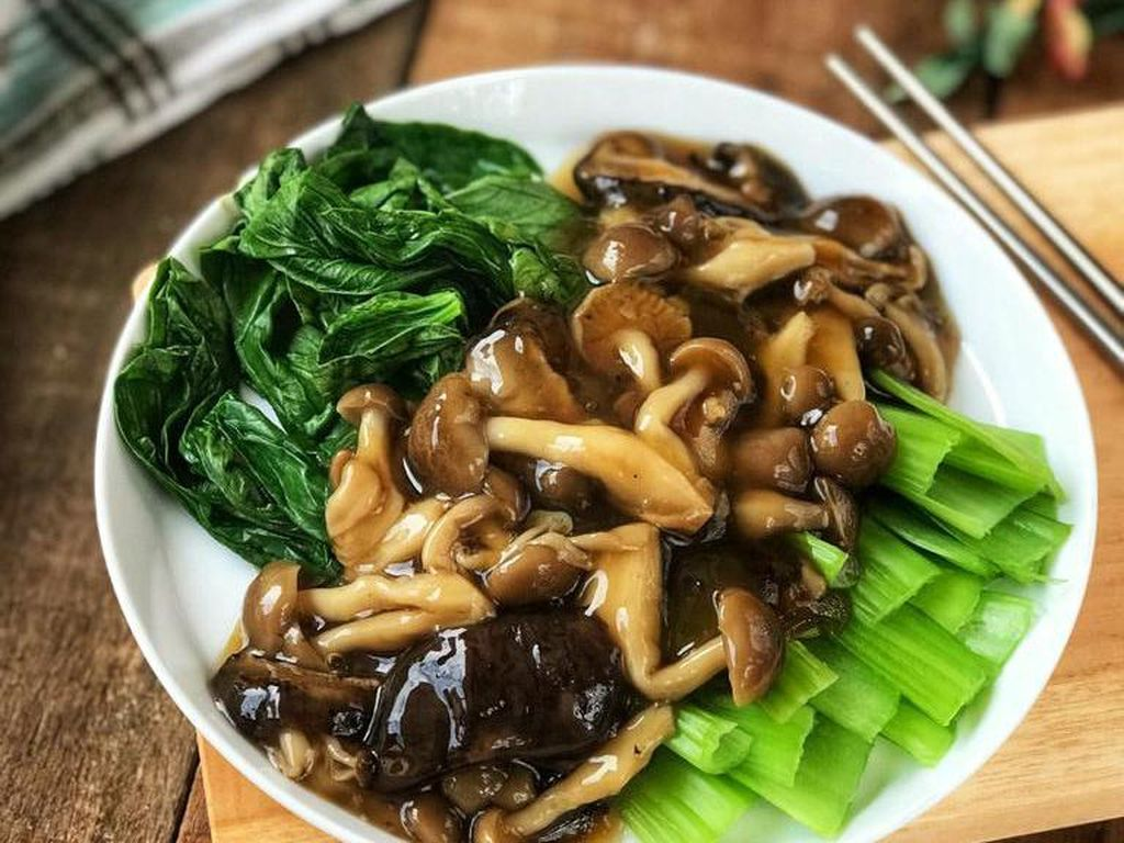 Resep Pembaca : Bokchoy Tahu Siram Jamur, Tumisan ala Restoran yang Segar