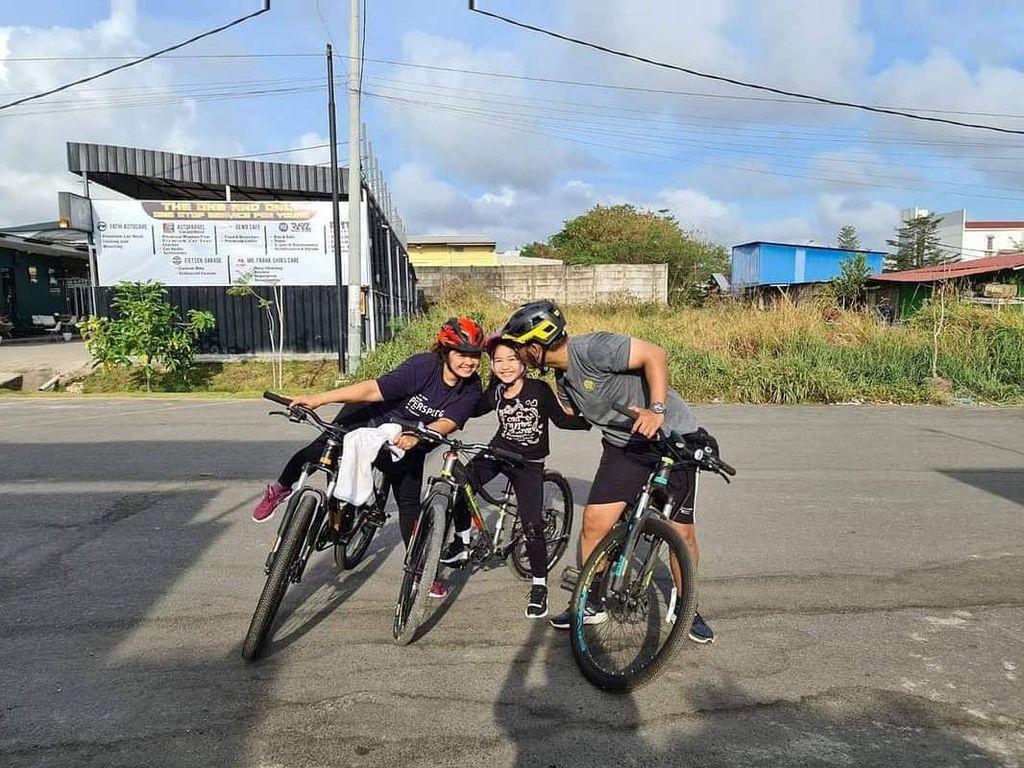 Birgaldo Sinaga Posting Foto Keluarga Sebelum Meninggal: I Love You