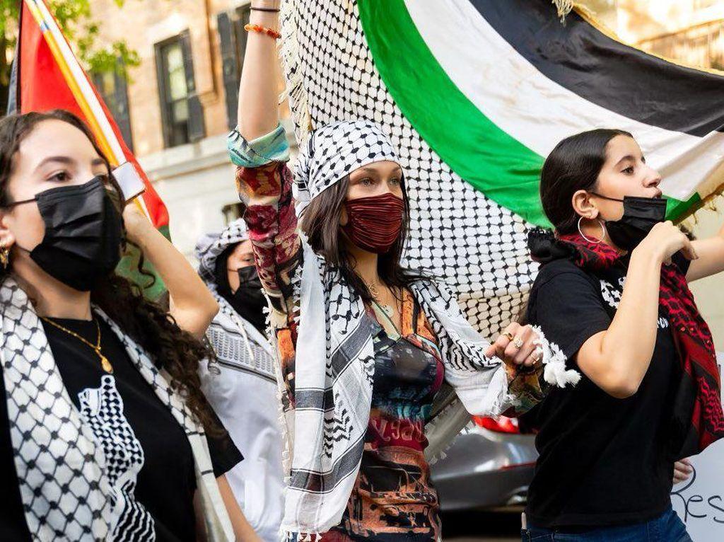 Aksi Bella Hadid Bela Palestina Dikecam Israel: Tak Tahu Malu