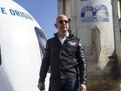 Blue Origin Sindir Virgin Galactic Jelang Richard Branson ke Antariksa