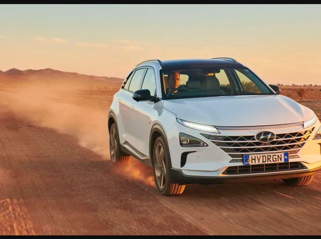Hyundai Nexo Cetak Rekor Baru: Mobil Hidrogen yang Bisa Tempuh Jarak 900 Km
