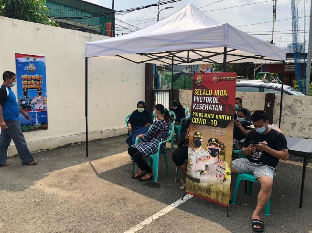 Polsek Gambir Layani Tes Antigen Gratis bagi Warga yang Kembali ke Jakarta