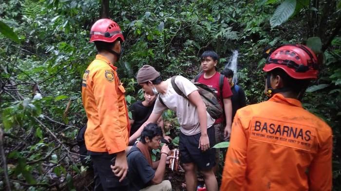 7 warga asal Medan yang sempat dilaporkan hilang di Sibolangit (dok. SAR Medan)