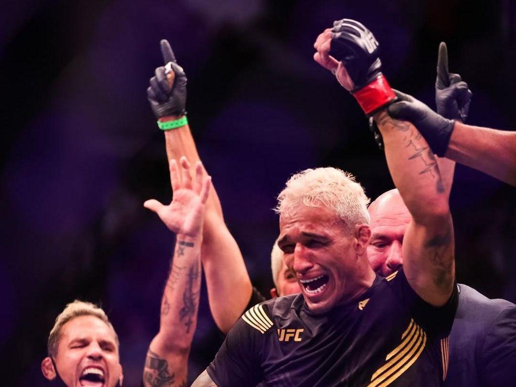 Charles Oliveira, Singanya Singa di UFC