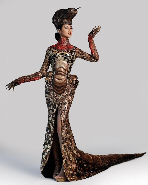 Kostum Nasional 'Komodo Dragon'/instagram.com/ayumaulida97
