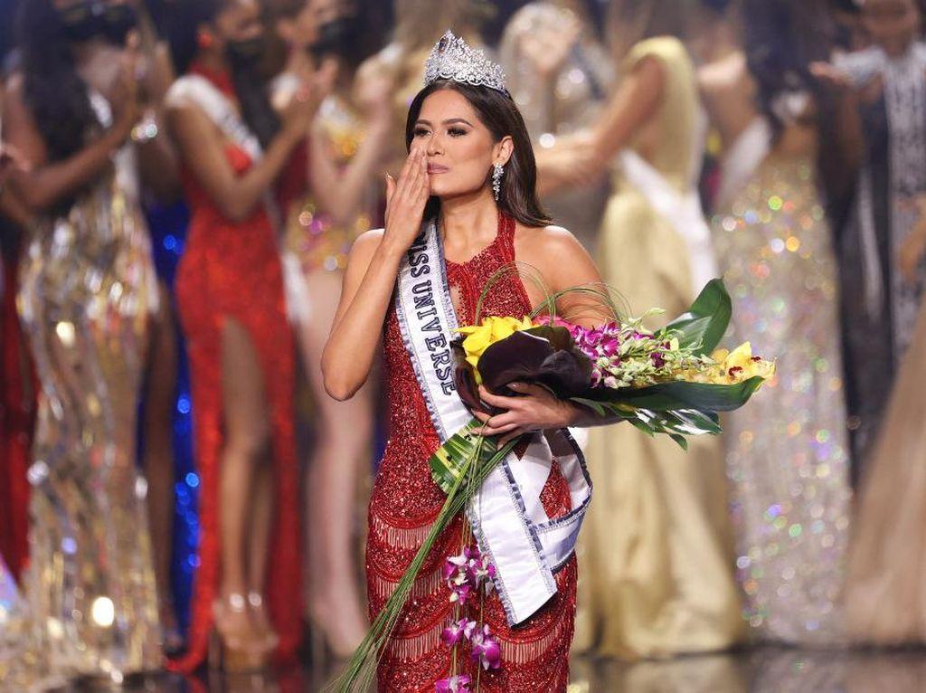 Jadi Miss Universe 2020, Andrea Meza: Aku Manusia Biasa