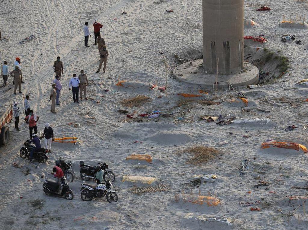 Banyak Mayat di Tepi Sungai Gangga, Diyakini Tak Terkait Corona