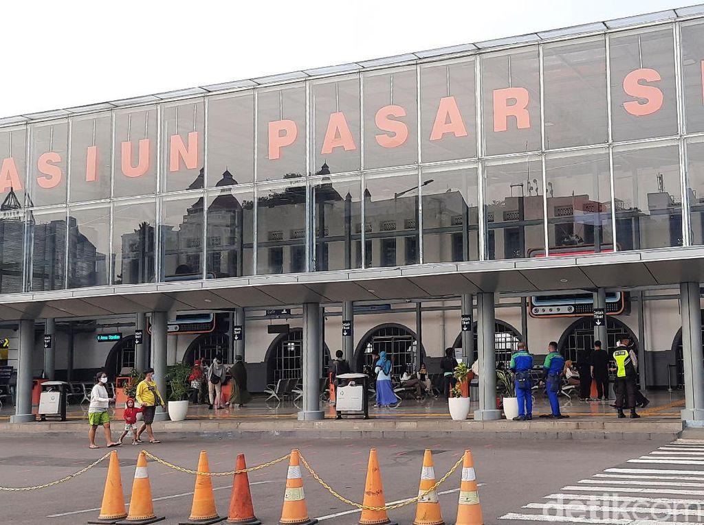 Arus Balik Lebaran, Suasana di Stasiun Pasar Senen Masih Landai
