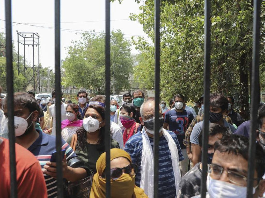 Warga India Mulai Beraktivitas Usai Pembatasan Dilonggarkan