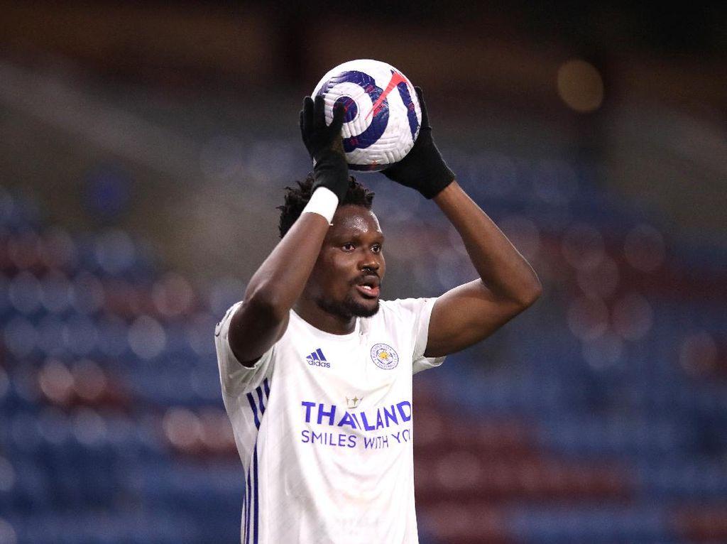 Leicester Minta Maaf soal Pemainnya Lempar Vandel Chelsea