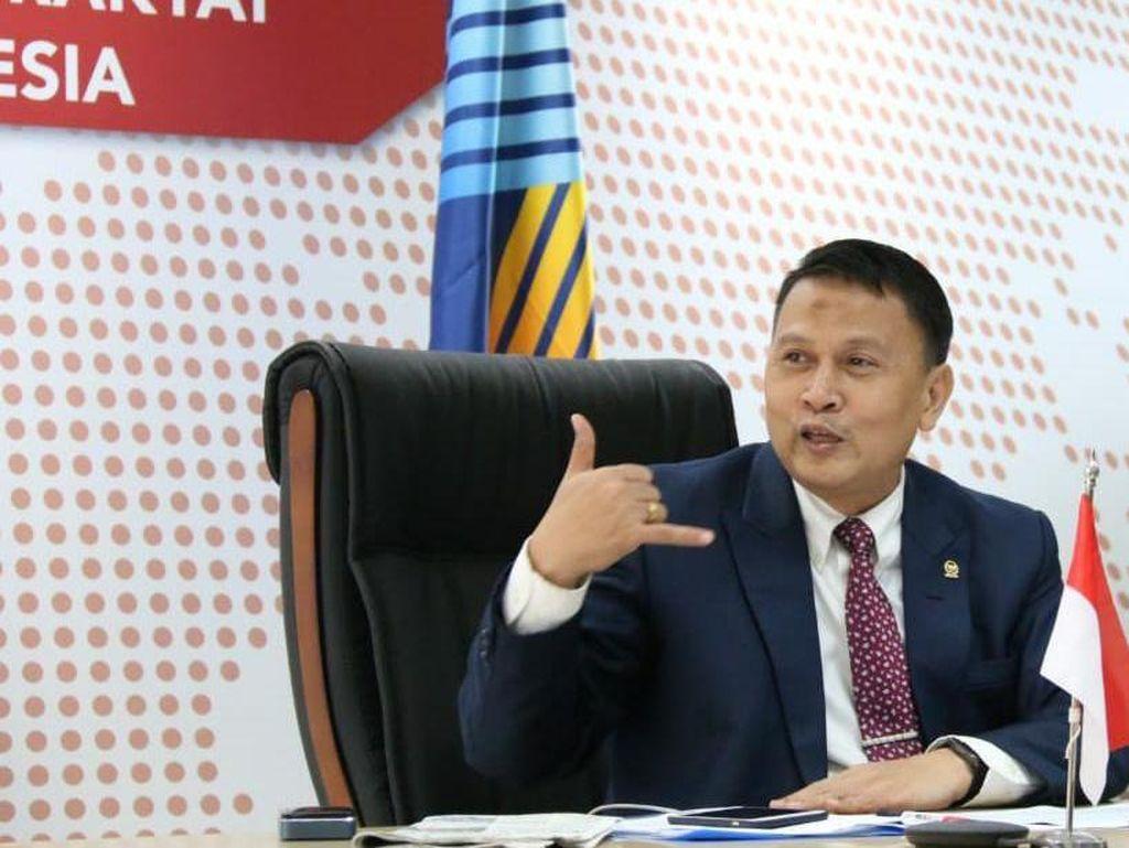 PKS Puji Jokowi Izinkan Kapolri Rekrut 56 Pegawai KPK ke Polri