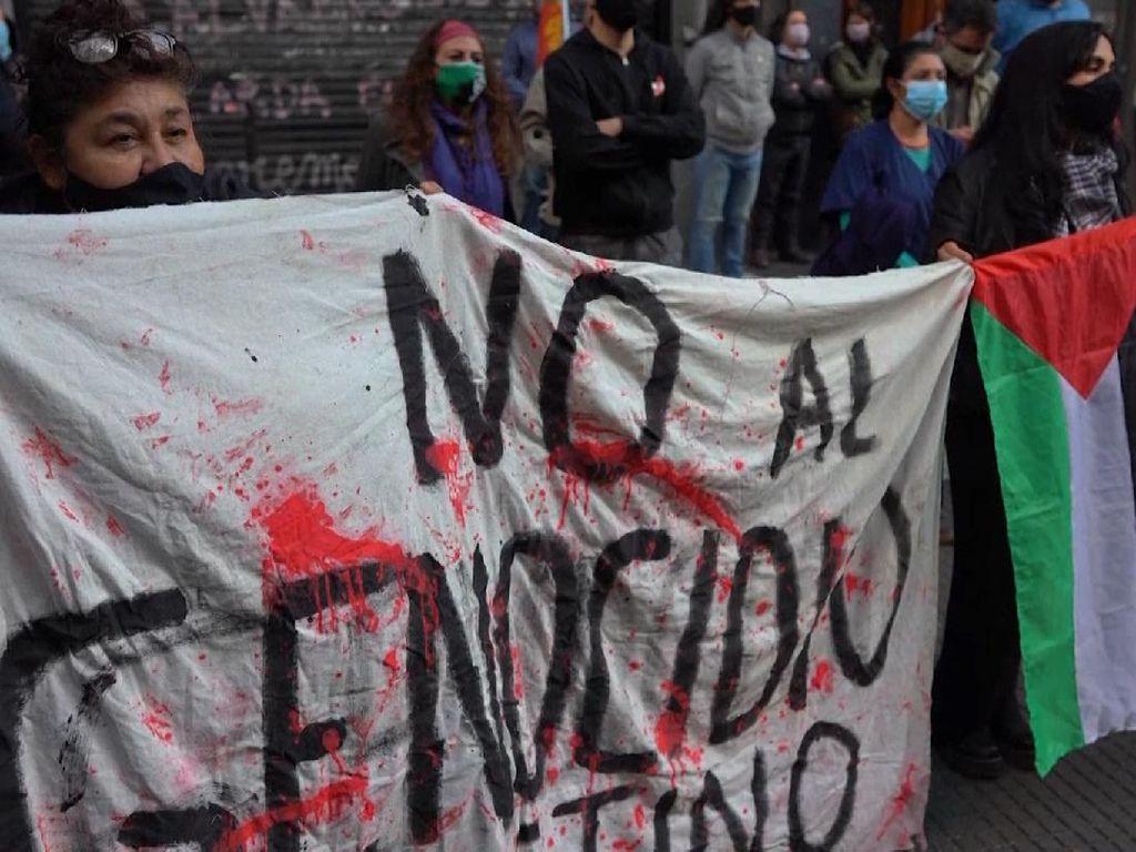 Ratusan Warga Argentina Demo Kedutaan Besar Israel
