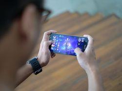 Pelanggan Telkomsel dan Tri Banyak Main Game Online Saat Lebaran