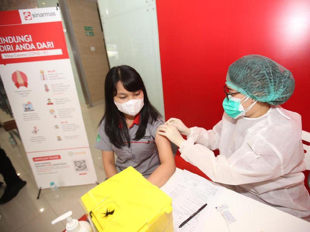 3.000 Karyawan Sinar Mas Disuntik Vaksin Gotong Royong