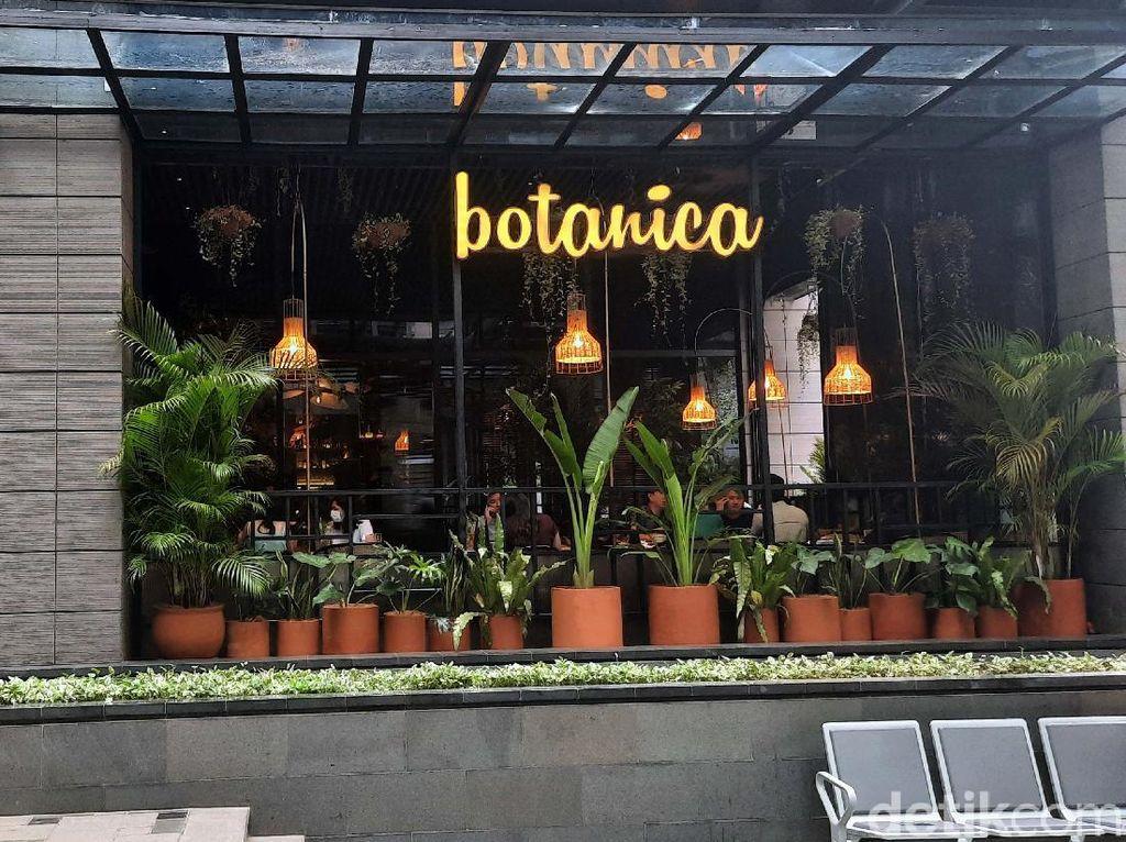 Bersantap Ditemani Nuansa Hijau nan Asri di Restoran Botanica, SCBD