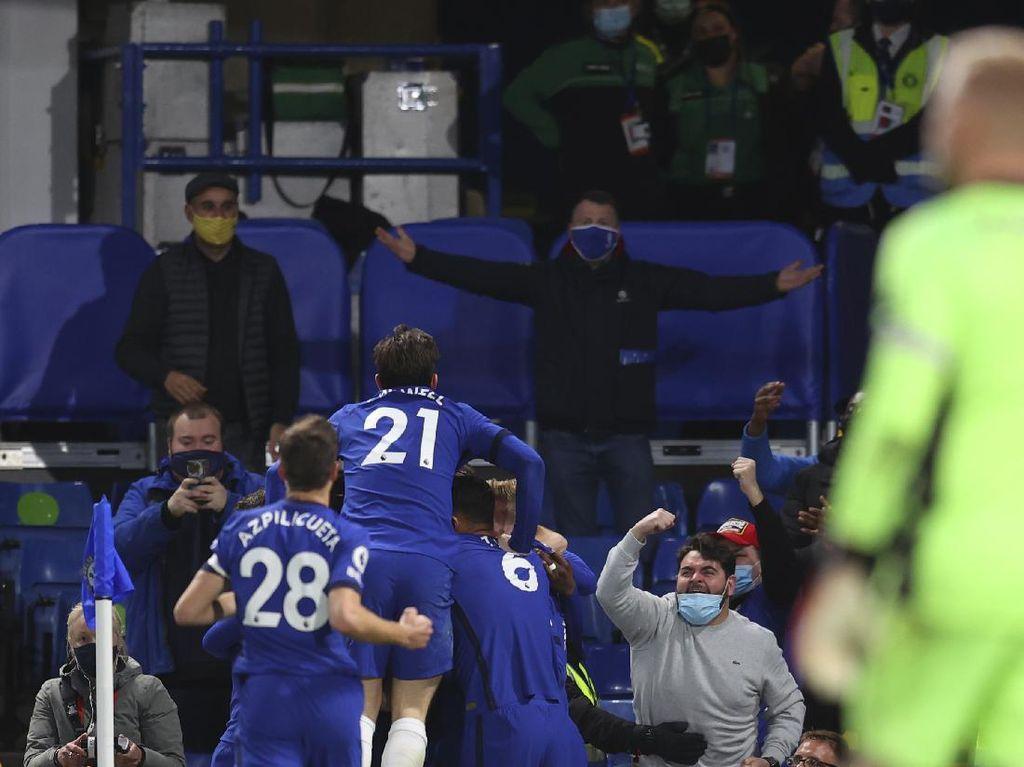 Karena Chelsea Harus Menghukum Leicester