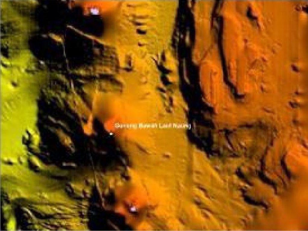 Jabar Hari Ini: Penemuan 8 Gunung Api Bawah Laut-Pria Koboi Ancam Tembak Sopir