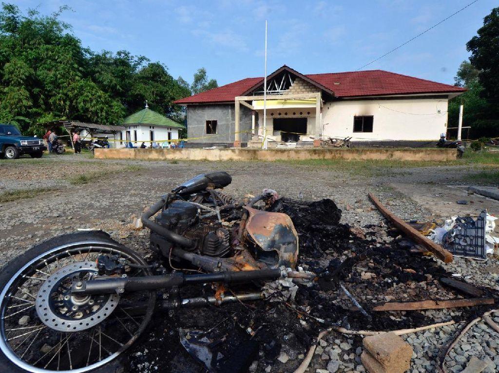 Polsek Candipuro Dibakar, Polda Lampung Minta Maaf Jika Layanan Dinilai Kurang