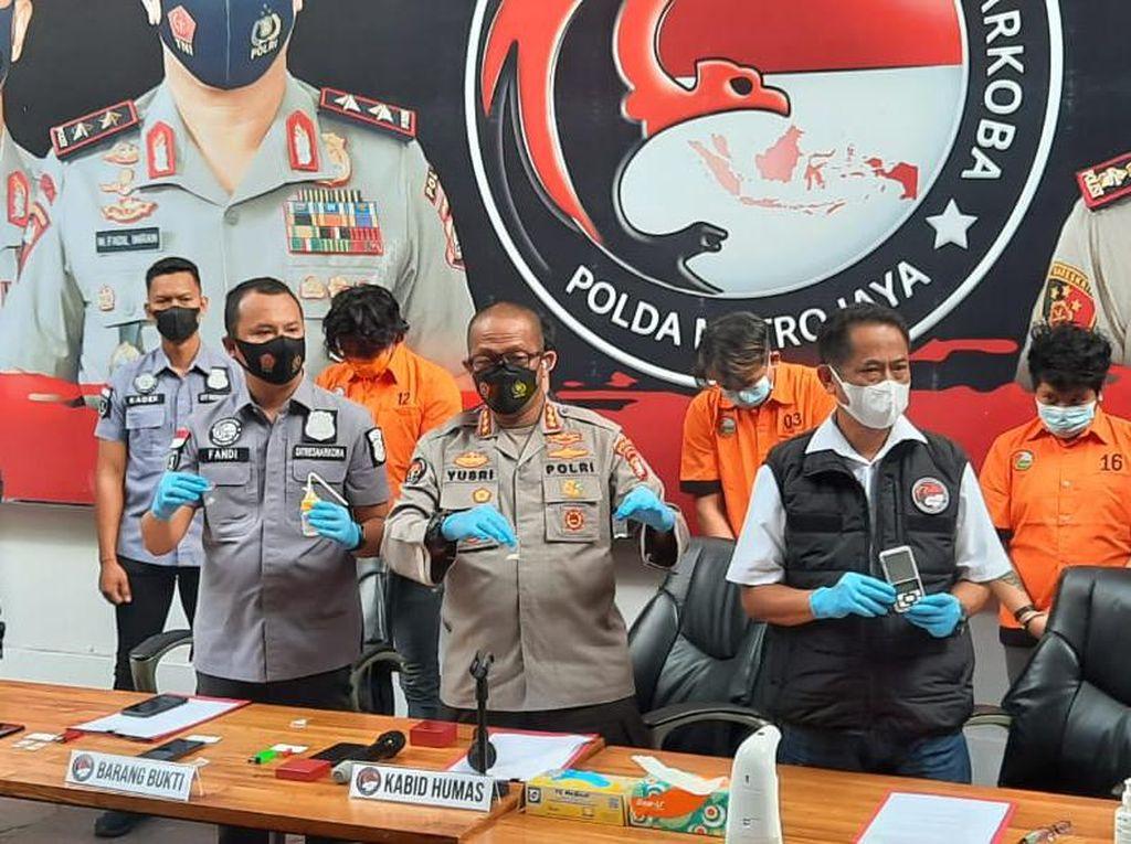 Kronologi Anak Pedangdut Rita Sugiarto Ditangkap, Sabu 0,9 Gram Disita