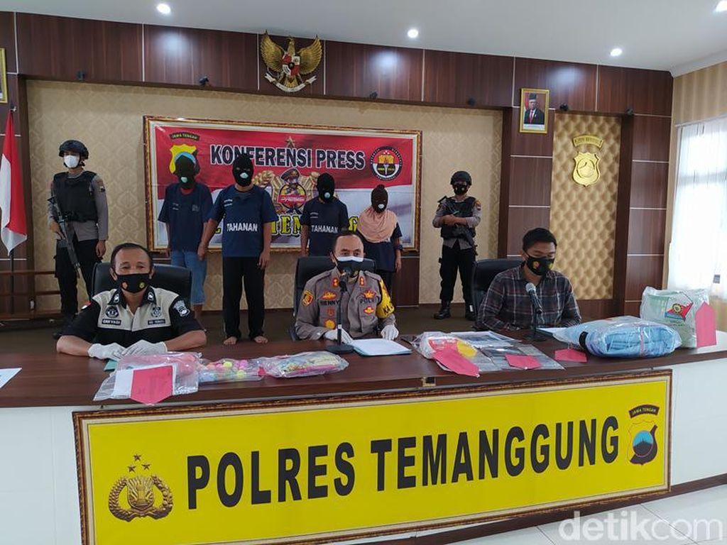 Sederet Barbuk Kasus Mayat Bocah Disimpan 4 Bulan di Temanggung