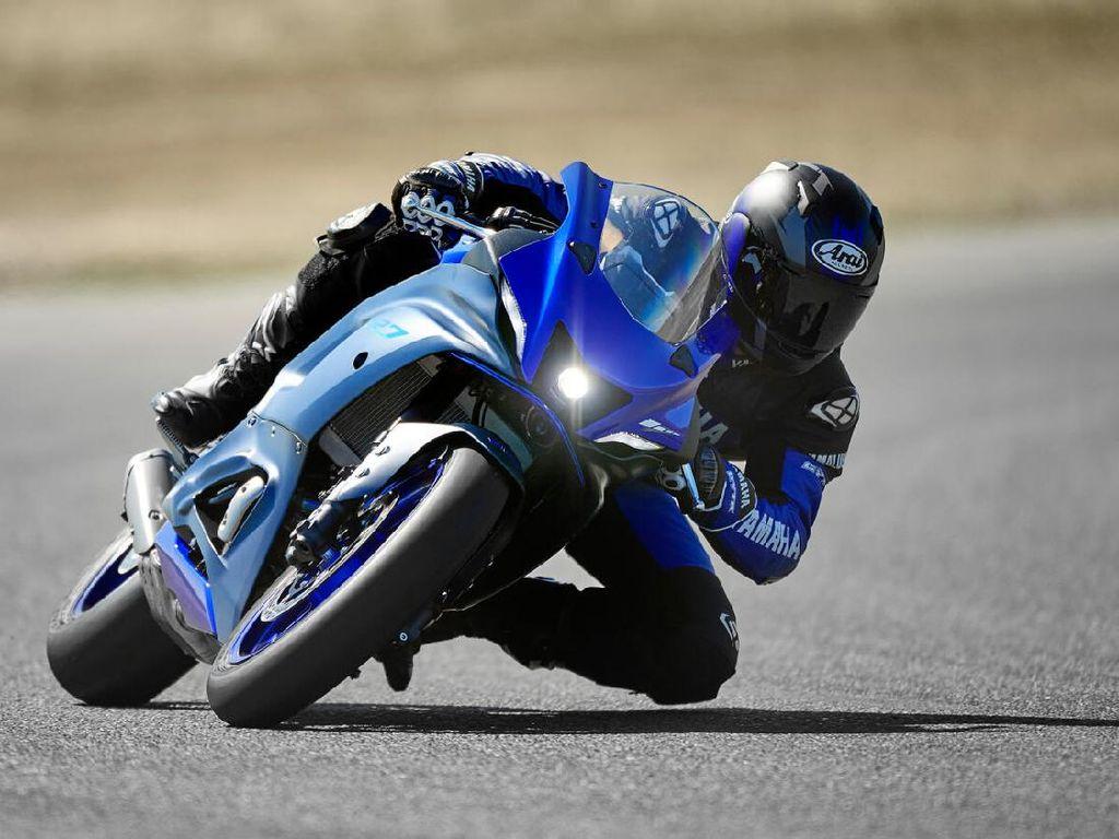 Yamaha R7, Motor Sport Garang Luar Dalam