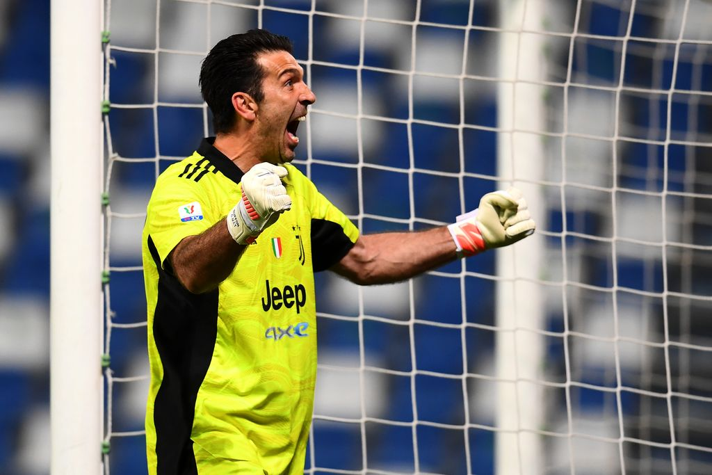 REGGIO NELL'EMILIA, ITALY - MAY 19: Gianluigi Buffon of Juventus reacts during the TIMVISION Cup Final between Atalanta BC and Juventus on May 19, 2021 in Reggio nell'Emilia, Italy. A limited number of fans will be allowed into the stadium as Coronavirus restrictions begin to ease in the UK. (Photo by Claudio Villa/Getty Images for Lega Serie A)