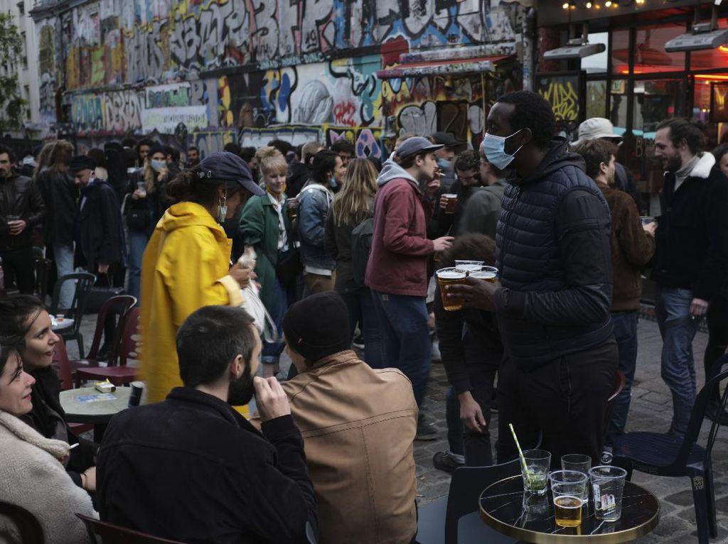 Corona Mulai Reda, Negara Ini Longgarkan Aturan Wajib Masker di Luar Ruangan