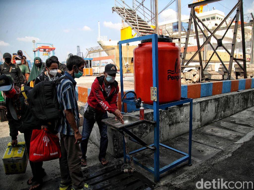 Larangan Mudik Usai, Pelabuhan Nusantara Parepare Kebanjiran Pemudik