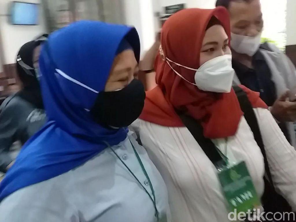 Nenek di Surabaya yang Kehilangan Rumah Laporkan Notaris dan Pembeli