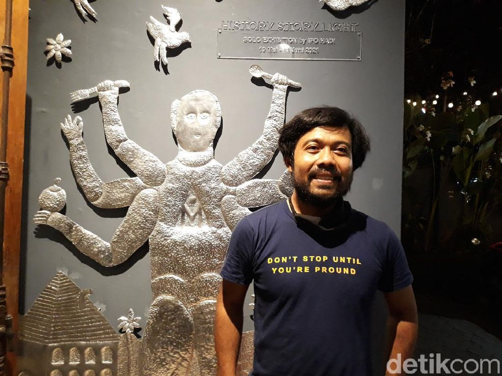 Seniman Jogja Ipo Hadi Memasyarakatkan Seni Lewat Pameran di Restoran