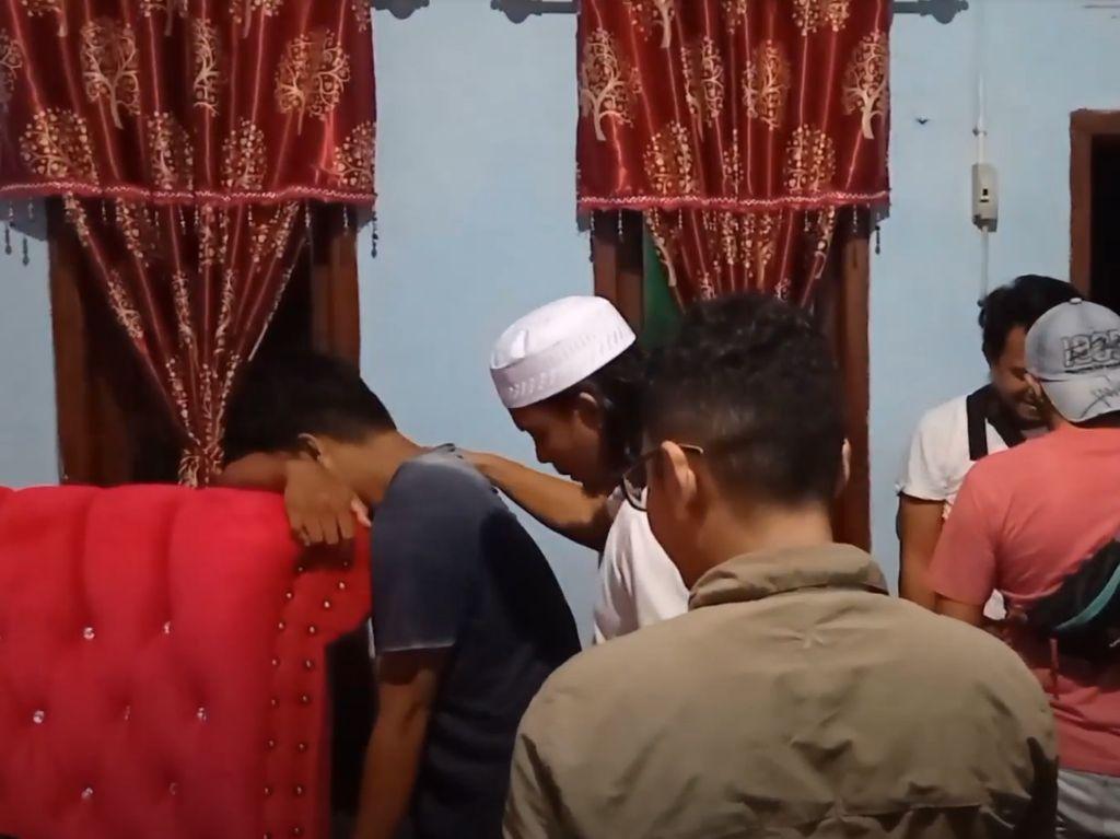 Pelaku Pencabulan di Masjid Pangkalpinang Menangis Saat Ditangkap