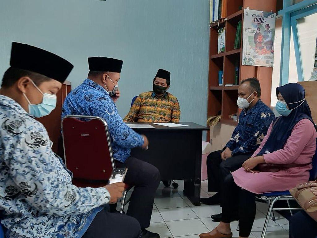 Baznas Kota Malang Ambil Alih Utang Guru TK ke 24 Pinjaman Online