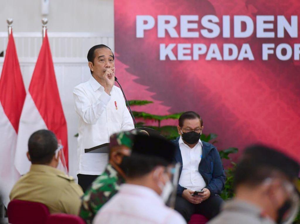 Jokowi Heran Ada Pejabat Daerah Tak Tahu Data COVID-19