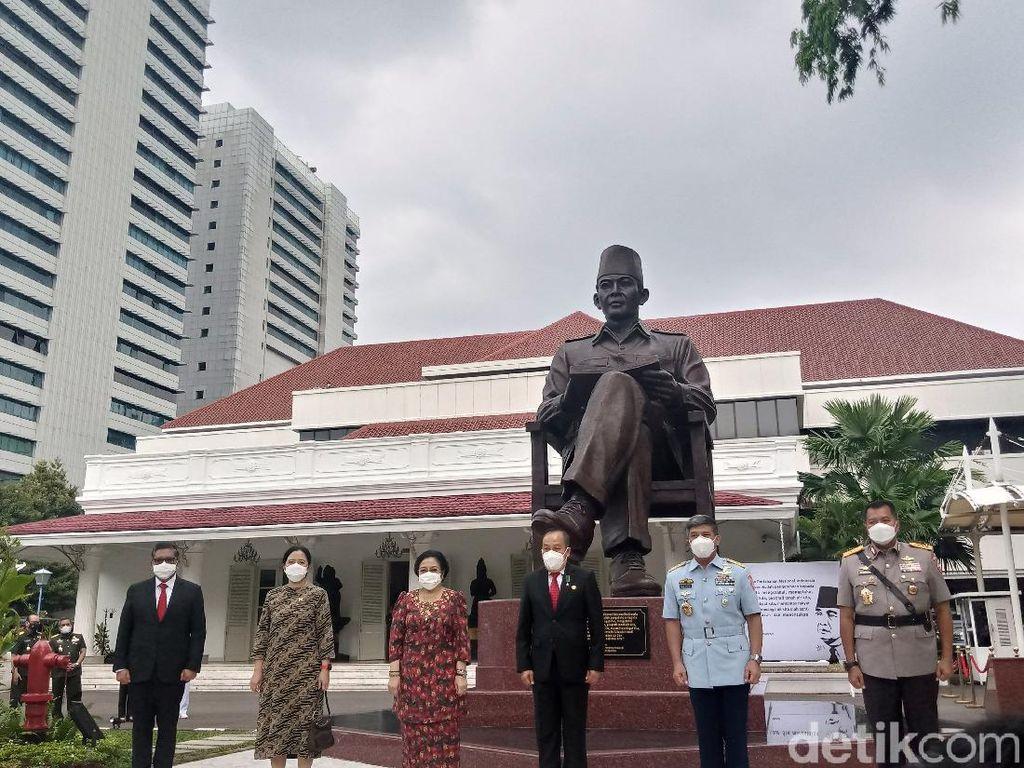 Megawati Ungkap Pesan Khusus dari Patung Bung Karno Baru di Lemhanas