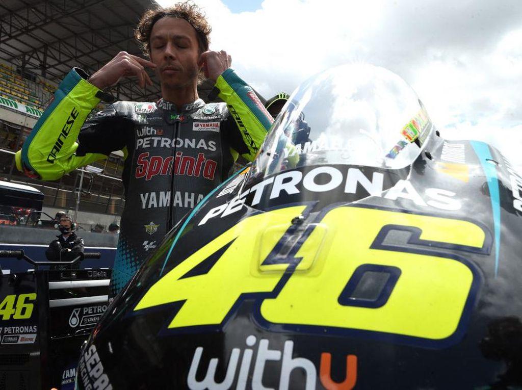 Nekat Perpanjang Karier Naik Ducati? Rossi Diprediksi Sudah Sulit Menangi MotoGP Lagi