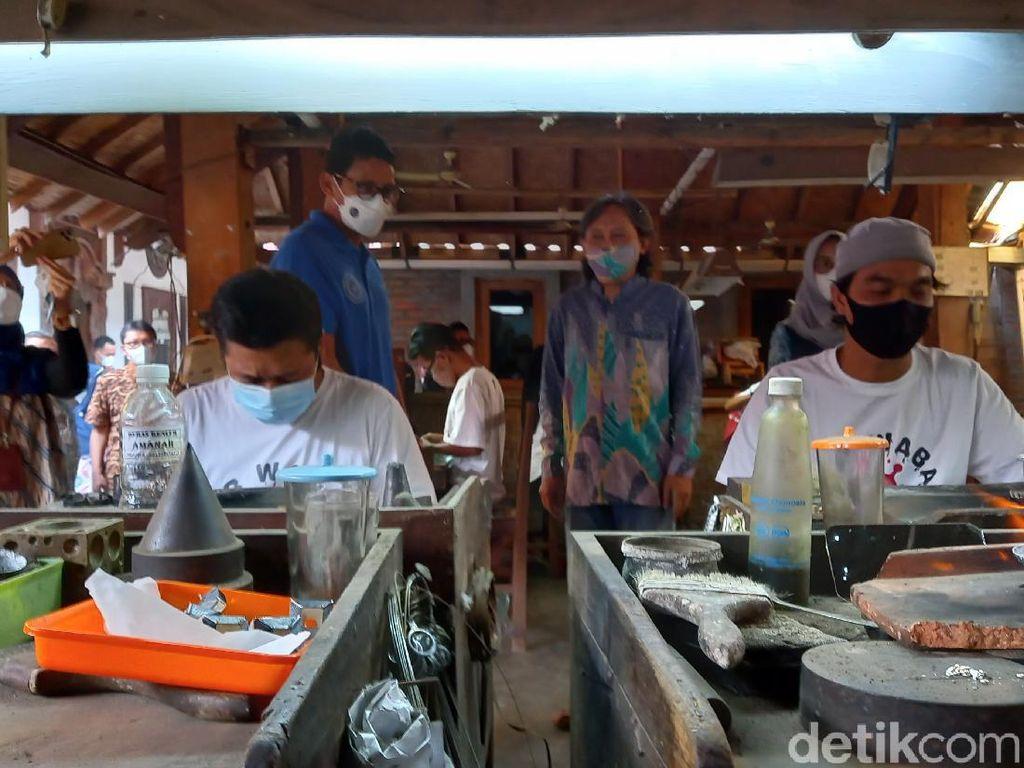 Tak Hanya Bali, Sandiaga Uno Siapkan Work From Any Destination Lain