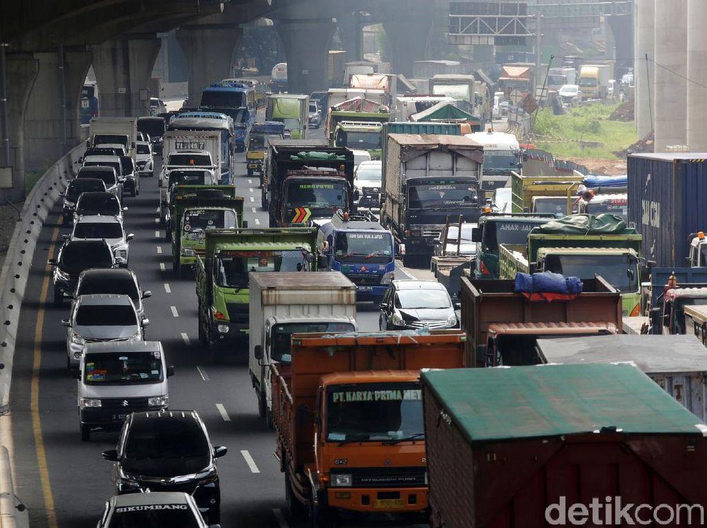 3,4 Juta Kendaraan Keluar-Masuk Jakarta Sebelum sampai Sesudah Larangan Mudik
