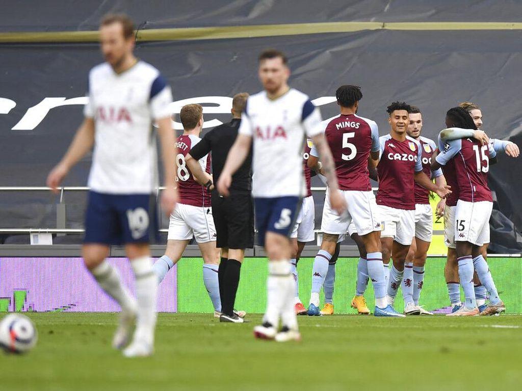 Tottenham Vs Aston Villa: Lilywhites Tumbang di Laga Kandang Terakhir