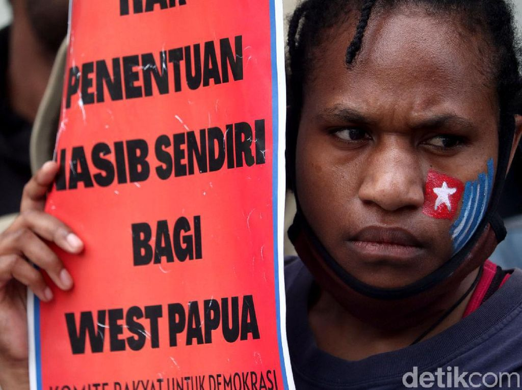 Gedung Merdeka Bandung Digeruduk Warga Papua, Ada Apa?