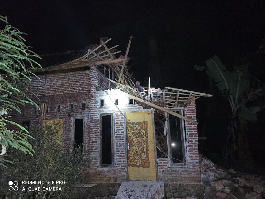 7 Daerah Jatim Terdampak Gempa Blitar M 5,9: Rumah Ambruk Hingga Luka Berat