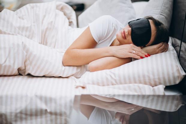 Menjelang hari pernikahan kamu perlu beristirahat dengan cukup.