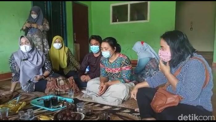 Pemprov Bengkulu beri pendampingan ke keluarga siswi yang hina Palestina (Hery/detikcom)
