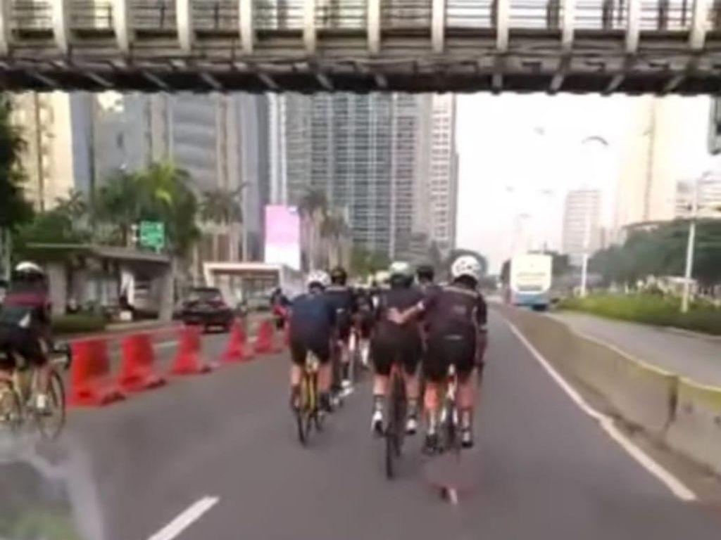 Viral Pesepeda Konvoi di Sudirman Dikawal, Polisi: Yang Kawal Bukan Kami