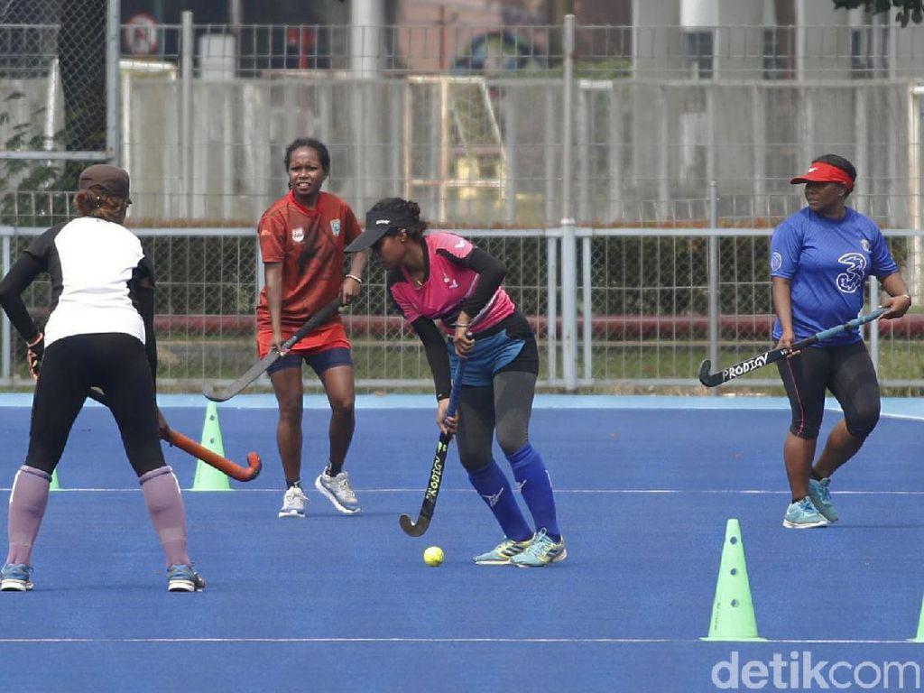 Sempat Sepi, Lapangan Hoki Senayan Kini Ramai Atlet Lagi